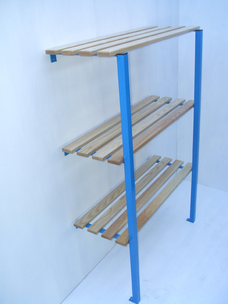 Shelf cantilever